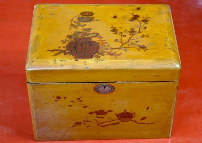 Chinese lacquered tea caddy.