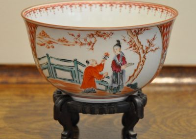 A Worcester bowl c.1780 on stand.