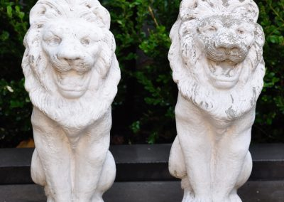 A pair of stone lions.